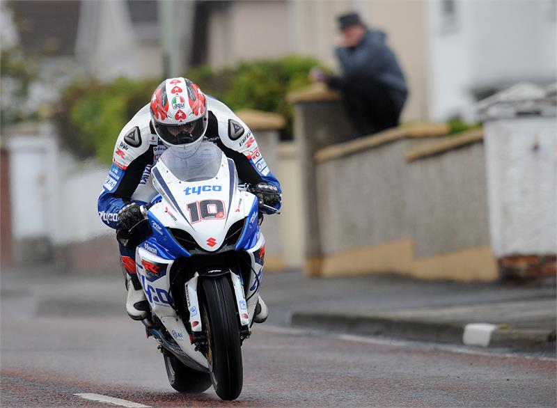 NW200-Conor Cummins