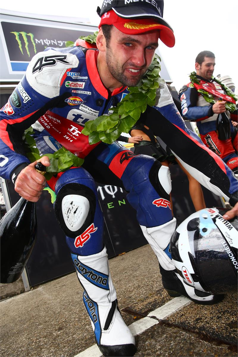 2014 IOM TT-William Dunlop-43