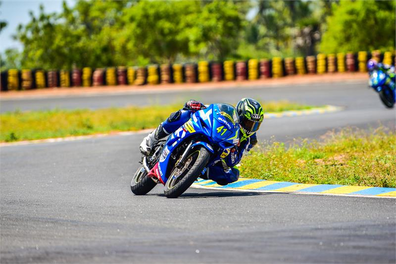 GIXXER Cup-3-JADEN MAINTAINING LEAD