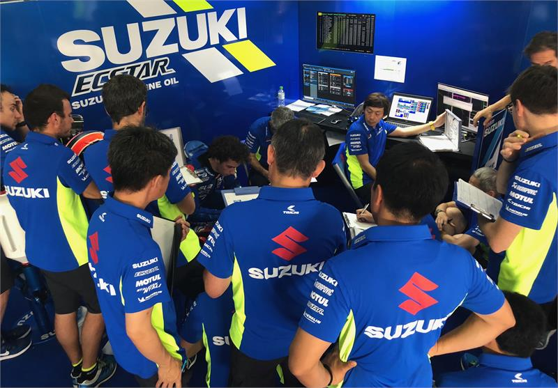 Sepang Testing Feature-MEETING WITH RINS